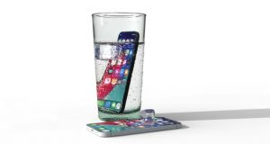 iPhone 11 Su Altında Kullanılabilecek